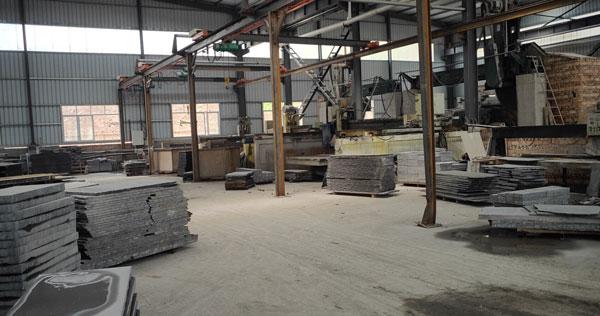 新中国黑厂房图片